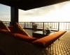 golden-lounge-2